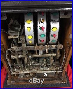 10 Cent Mills High Top Slot Machine
