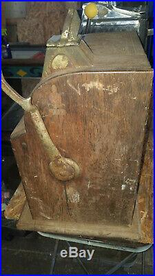 1916 Mills Gooseneck, Cast Iron Slot Machine