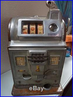1920's ANTIQUE Jennings Operator Bell Slot Machine 10 Cent Model with KEY