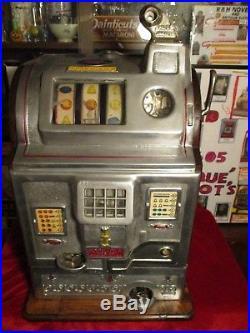 1925 Beautiful Jennings - Rockola Antique Slot Machine