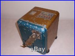 1930's Mills Vest Pocket 5 Cent Antique Slot Machine