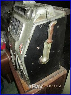 1930's SLOT MACHINE-BUCKLEY MILLS