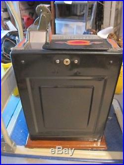 1931 Antique Mills Novelty Co. LION HEAD 5c Slot Machine