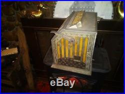 1932 Pace'The Cardinal' Fortune-teller Trade Stimulator antique slot machine