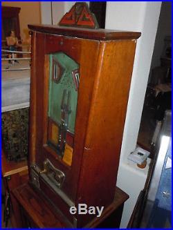 1934 Bryans Payramid Penny Gambling Slot Machine Skill Arcade Ball Catching Game