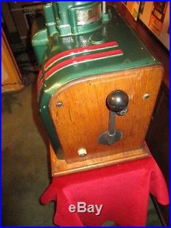 1937 Columbia Groetchen Antique Slot Machine