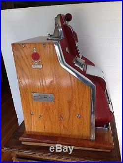 1937 MILLS 10c QT SLOT MACHINE & VENDER