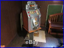 1940's Antique Jennings Standard Chief 25 Cent Slot Machine