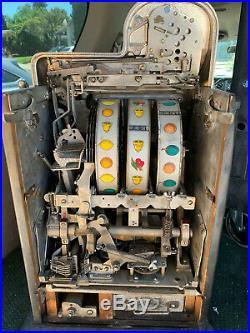 1943 Antique Mills Slot Machine 25 Cents