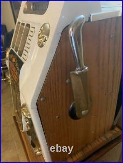 1948 Mills 25 Cent Golden Nugget Slot Machine with Stand (Working!)