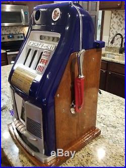 1948 Mills 5-cent 777 Antique Vintage Restored Slot machine. 1948