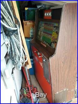 1950's Sweet Shawnee Working Slot Machine