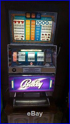 1960's 25 cent BALLY SLOT MACHINE WORKS GREAT