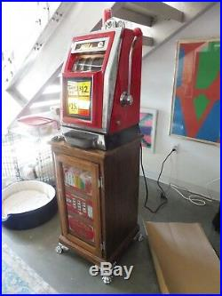 1960's Mills Nickel Slot Machine With Lit Interior Sold As Is Semi Working