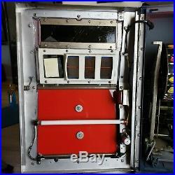 $. 25 cent Indian Head Vintage Slot Machine, 100% mechanical restored/ working