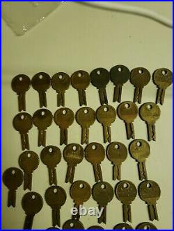 40 Antique Mills Slot Machine Keys