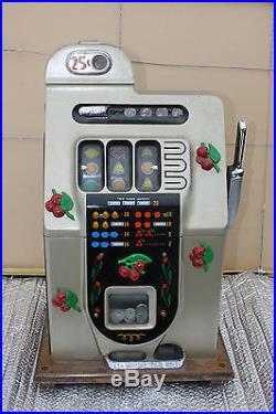 (AA-10062) 1932 MILLS SLOT MACHINE, HiTop 25 cent slot machine. Perfect Conditon