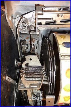 ANTIQUE MILLS 10c SLOT MACHINE WORKS