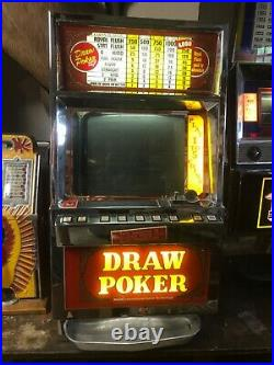 ANTIQUE Poker Slot Machine 1986 IGT 25 CENT DRAW POKER Quarter Machine