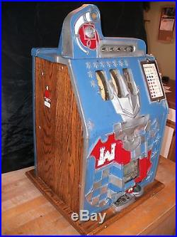 Antique 1930's MILLS CASTLE FRONT 10 CENT SLOT MACHINE Beautiful and Works