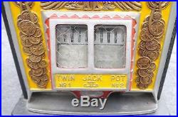 Antique 1930s WATLING ROL A TOP 25c Slot Machine American Coin Front