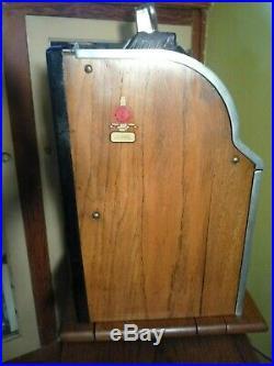 Antique 1931 MILLS Gooseneck Lion Front Wolf Head 10 cent Slot Machine