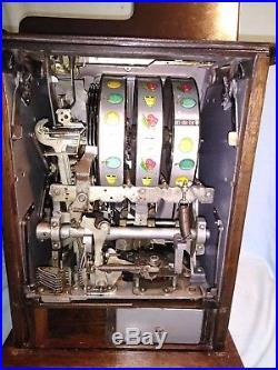 Antique 1940's Buckley Mills 25 Cent Wild Deuce Slot Machine, Working 100%