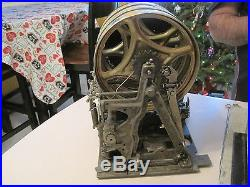 Antique 1940's Mills Jewel 5 Five Cent Slot Machine