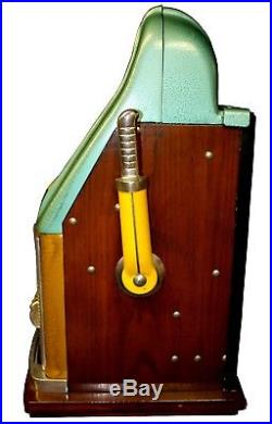 Antique 1947 Special Award 777 Mills 25 Cent Slot Machine