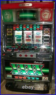 Antique 1980s Slot machine, Aruze Continental 3 reel, key, lights and sounds