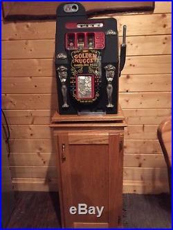 Antique 25 cent slot machine