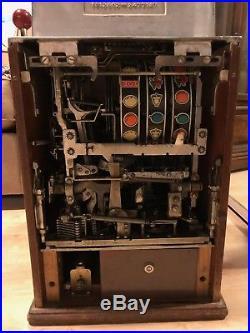 Antique Authentic Jennings Governor Dime Slot Machine, Oak Base, Pays Out