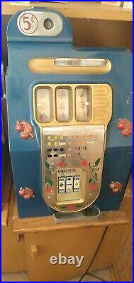 Antique Buckley/Mills 5¢ Slot Machine