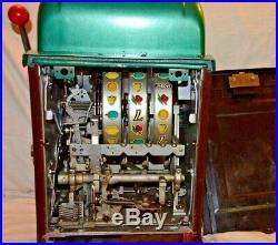 Antique Collectible Mills 5 Cent Coin Slot Machine