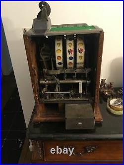 Antique Mills 25 cent Operators Bell Art Deco Gooseneck Slot Machine, c. 1928
