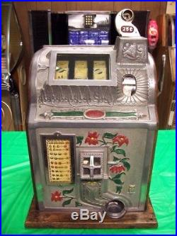 Antique Mills 25 cent slot machine, working, shipping available, NICE