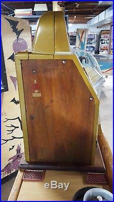 Antique Mills Bonus Horse Head Slot Machine