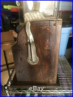Antique Mills Coin Op 25 Cent Gooseneck Poinsetta Slot Machine