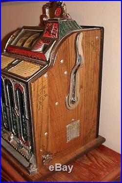 Antique Mills FOK 4 Column Front Vendor Slot Machine withFuture Pay