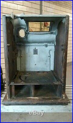 Antique Mills Liberty Bell Gooseneck 5 Cent Slot Machine