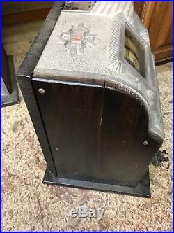 Antique Mills Owl 25 Cent Slot Machine