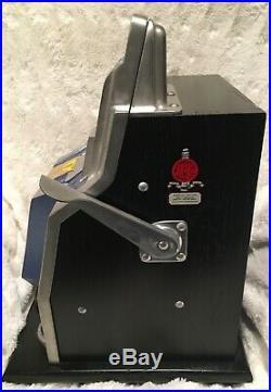 Antique Mills QT Slot Machine