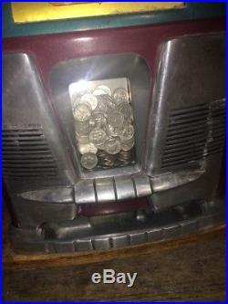 Antique Mills Slot Machine 25 CENT 1958 Black Beauty