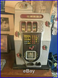 Antique Mills Slot Machine Black Cherry 25c Vegas Working Nice Condition
