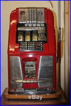 Antique Original 25 cent MILLS 777 Slot Machine 1940s with stand