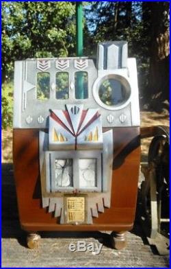 Antique Pace Royal Comet. 25 cent Slot Machine without console cabniet