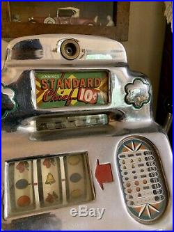 Antique Slot Machine 10¢ O. D. Jennings 1940's Standard Chief with jack pot full