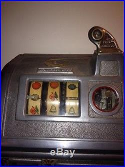 Antique Slot Machine 1922 Jennings Dutch Boy 5cent Machine