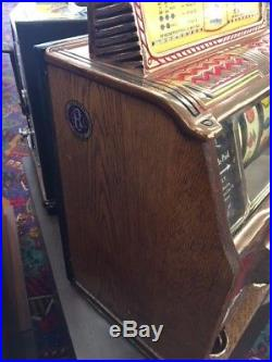 Antique Slot Machine. Caille Silent Sphinx Bell