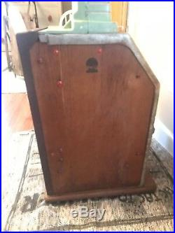 Antique Slot Machine, Jennings Silver Moon Club 1941 Nickel Slot Machine